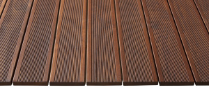 Terrace board with narrow corrugation