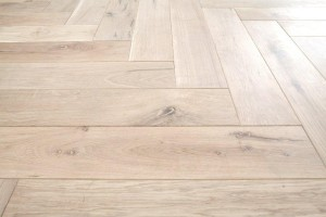 Herringbone oiled white